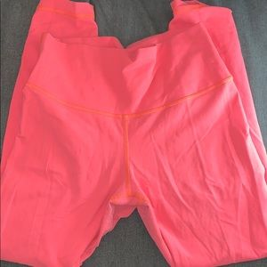 bright pink lululemon wonder unders size 8